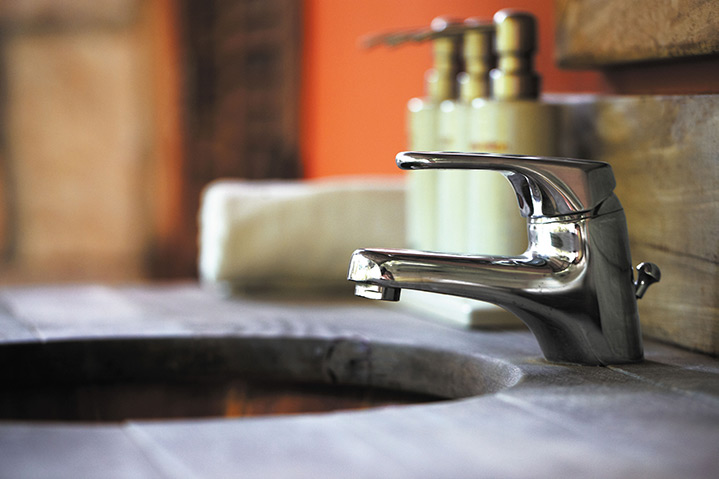 A2B Plumbers are able to fix any leaking taps you may have in North Harrow.